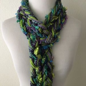 🆕🎁 Handmade Crocheted Scarf